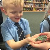 Mobile Zoo visits pupils...